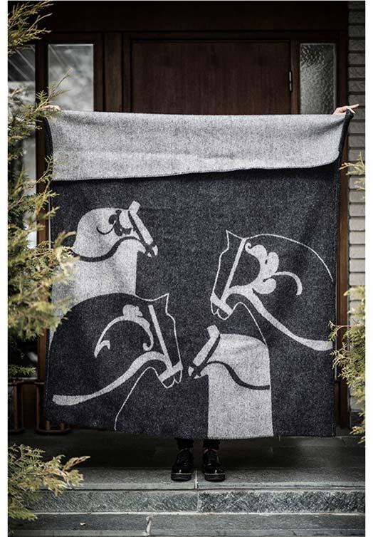 wool blanket dala horse